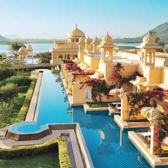 Travelguru Awards 2017 For Top 5 Star Hotels In Udaipur Service Quality