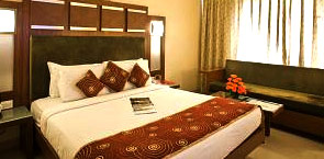 Rs.5000 discount on Hotel Bookings of Rs.17,999+